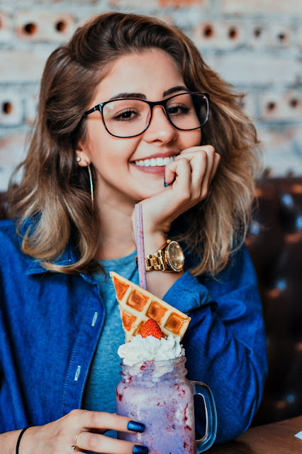 you to look to be bold try vintage nude frames