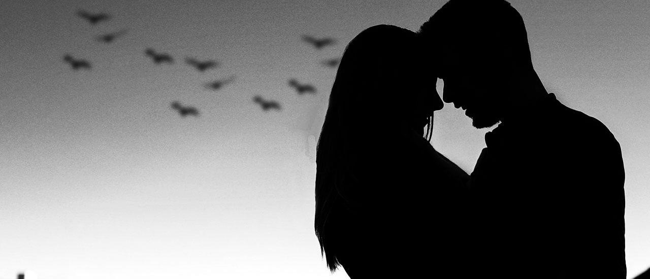 जोडण्यासारखं बरंच आहे - मराठी कविता | Jodanyasarakha Barach Aahe - Marathi Kavita