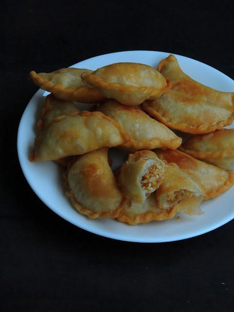 Chinese Peanut Puffs