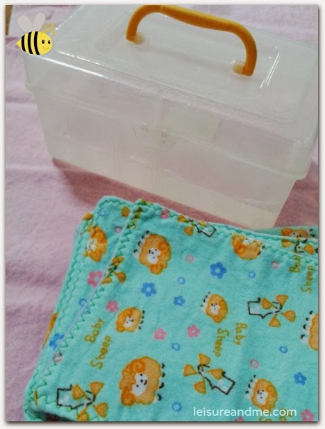 Cloth diapering-DIY Cloth wipes solution