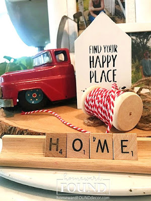 wood, rustic, farmhouse, home decor, diy, diy home decor, repurposed, thrifted, upcycled, winter decor, red accent color, whitewashed, barnwood, plaid