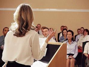 Pengertian Kalimat Pembuka, Isi, Penutup, dan Contoh Teks dalam Pidato Persuasif