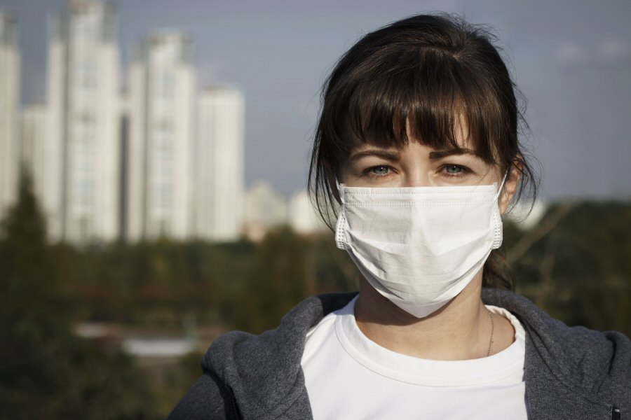 Face mask amidst pollution