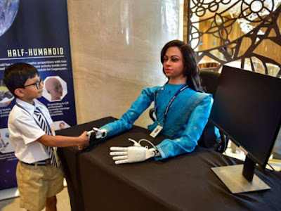 Vyommitra_the_Humanoid_Robot_2020