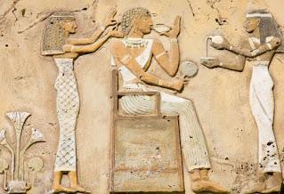 L'egiziano, un padrone di casa molto attento alle cortesie per gli ospiti