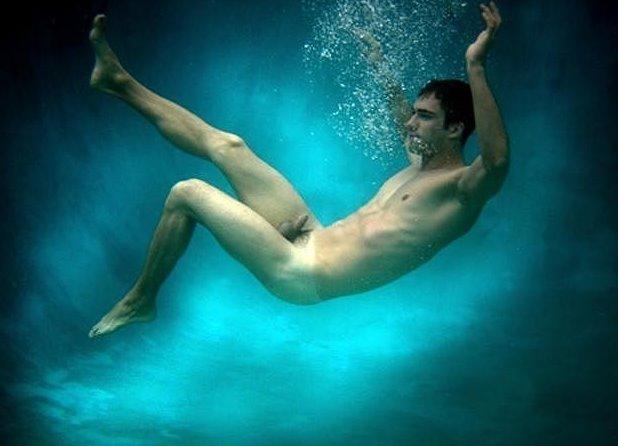 Nude gay man underwater cumming first time 2