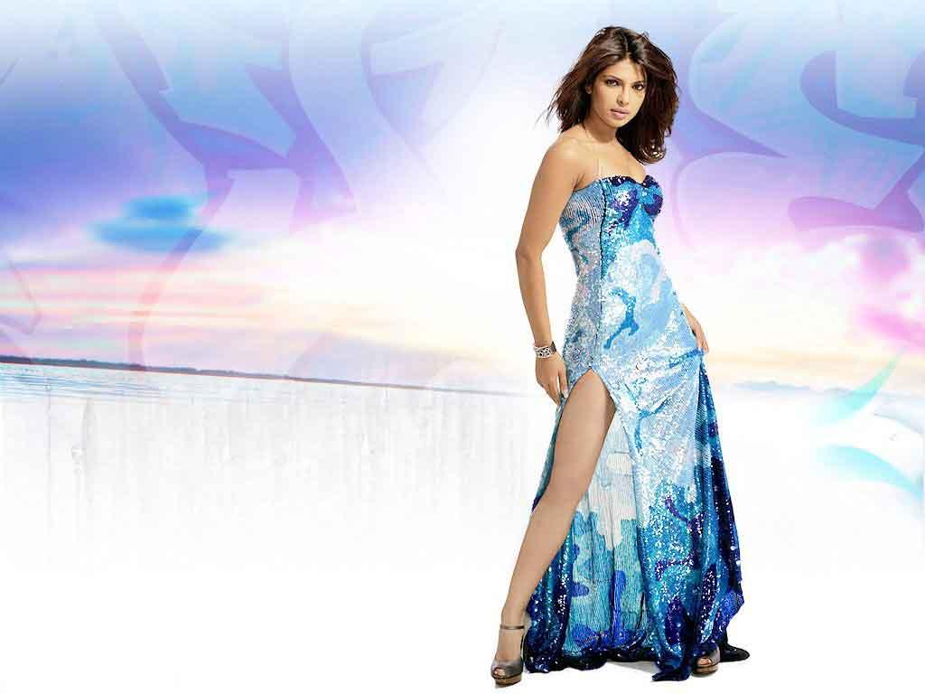 Priyanka Chopra Hot  Sexy Bikini Hd Wallpaper -7250