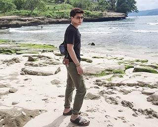 Steven Tanady di Pantai