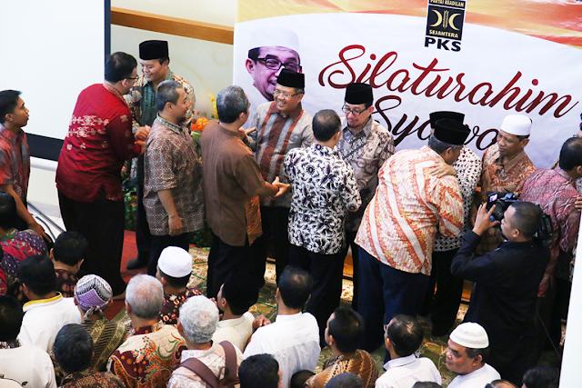 Penuh Semangat Persaudaraan, Pimpinan PKS Hadiri Halal Bihalal Bersama Ribuan Kader