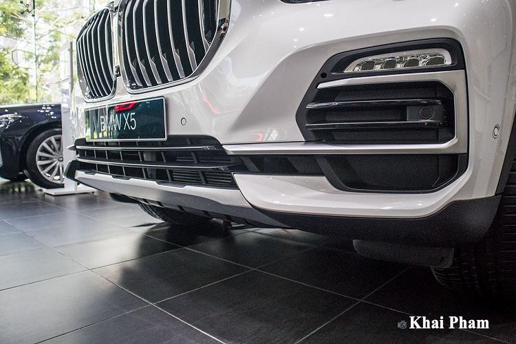 Cận cảnh BMW X5 xDrive 40i xLine mới hơn 4 tỷ đồng tại Việt Nam