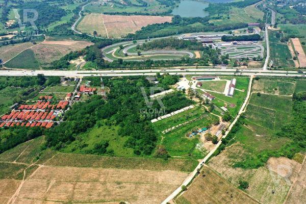 VR Global Property ขายที่ดินบางละมุง ตำบลบางละมุง จังหวัดชลบุรี 15 ไร่ 76 ตรว