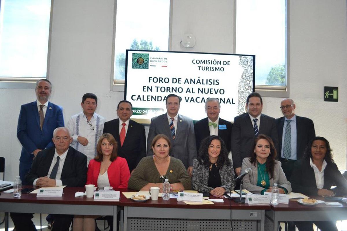 PUENTES VACACIONALES LÍDERES SECTOR TURÍSTICO CÁMARA DIPUTADOS 01
