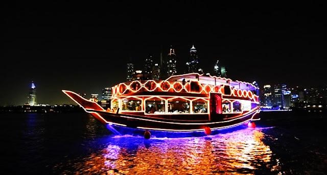 Dhow cruise Marina Dubai - Dinner Buffet