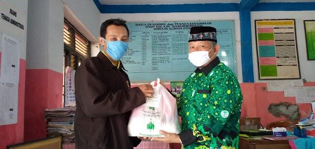 Pergunu Jepara Salurkan Bantuan Anggota DPRD Jawa Tengah