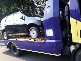 Pengiriman Mobil Menggunakan Towing Atau Yang Lebih Sering Disebut Dengan Derek Gendong Dari Jakarta Sampai Lombok.