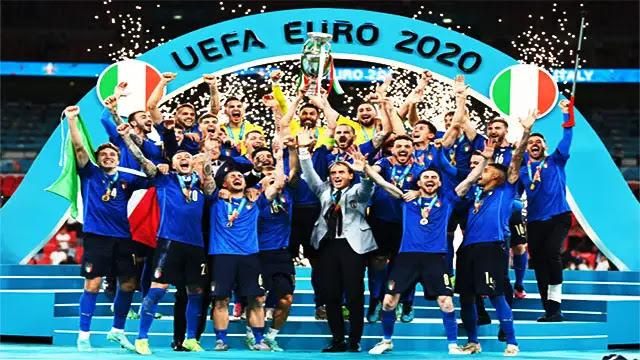 """إيطاليا تتوج بلقب بطلة كأس أمم أوروبا لكرة القدم """"يورو 2020 """""""