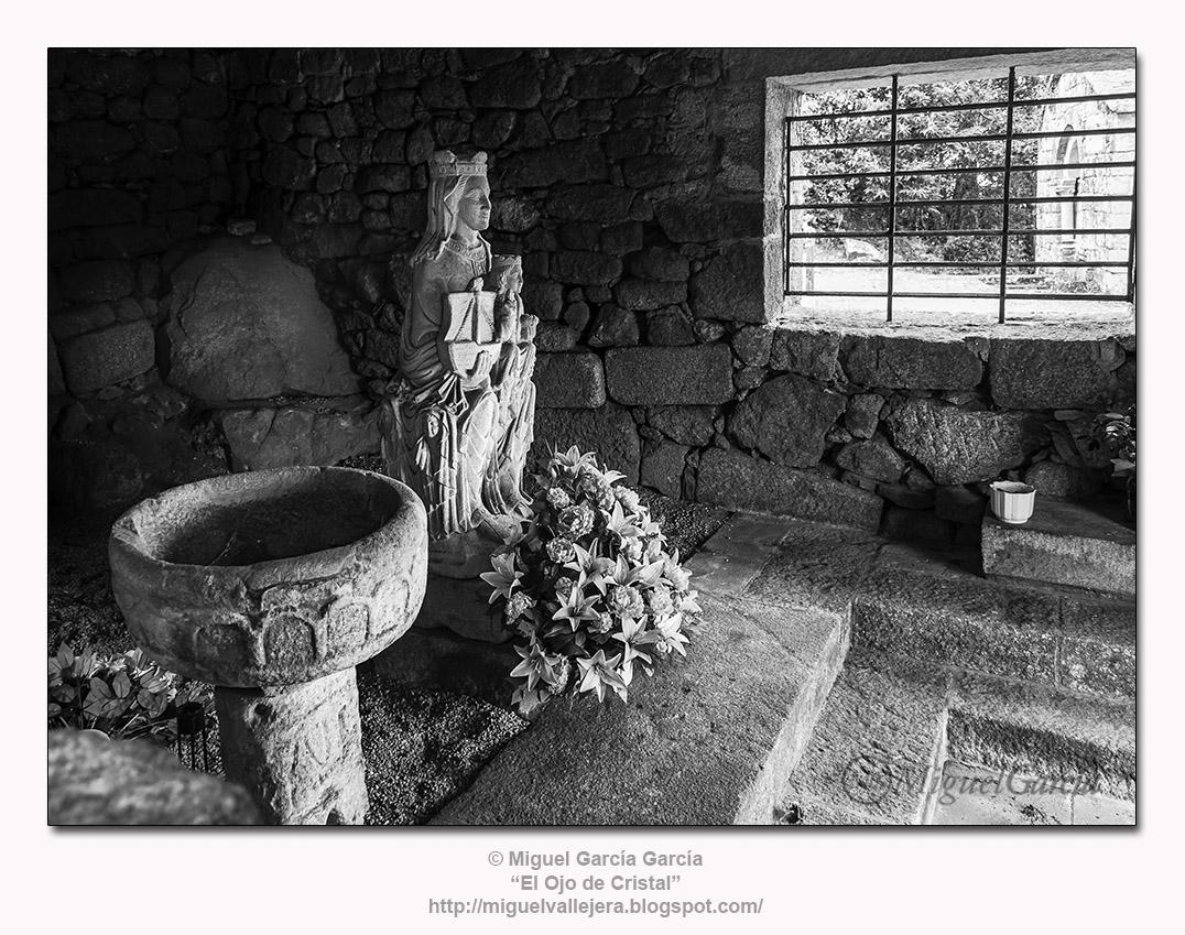 «Botilla ou Casa do Santo» en A Espenuca. Nuestra Señora de los Remedios.
