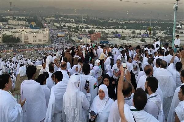 وفاة 3 حجاج جزائريين بالبقاع المقدسة