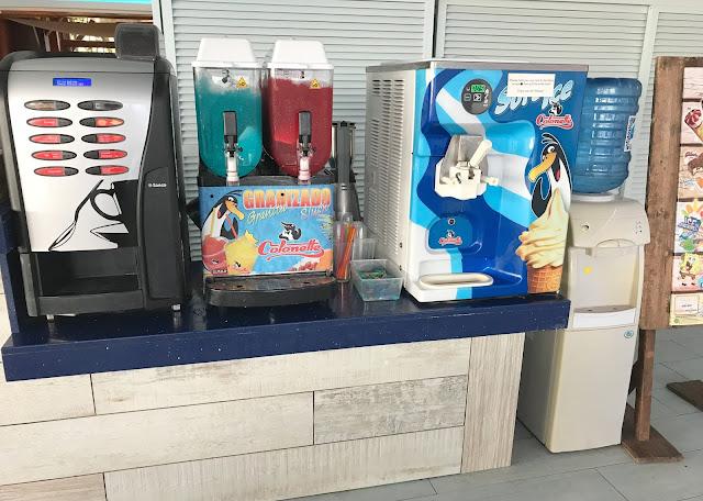 slush, coffee, iceccream and water machines at Pirates village