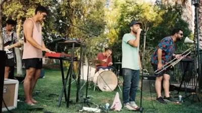 """Hiperlaxo nos lleva por un viaje hacia nuestro interior en su disco """"Sur"""""""