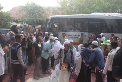 Jemaah Haji Asal Kota Tanjungbalai Telah Tiba di Kampung Halaman