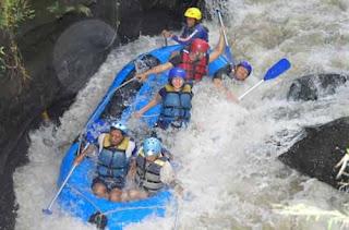 Arung Jeram Konto Rafting