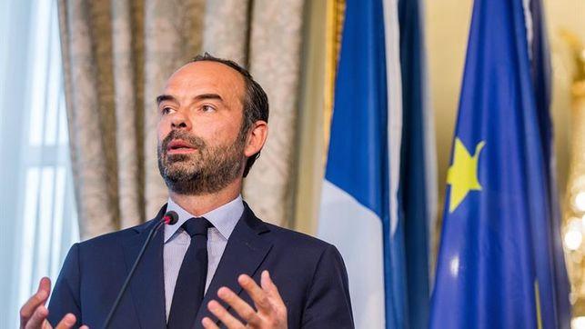 تناقض كبير لفرنسا: قبول الإستفتاء في كاليدونيا الجديدة ورفضه في الصحراء الغربية المحتلة.