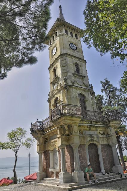 kocaeli gezilecek yerler saat kulesi