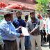 मड़ियाहूं के बेसिक शिक्षकों ने जिला प्रशासन को दिया 101 कुन्तल खाद्यान्न