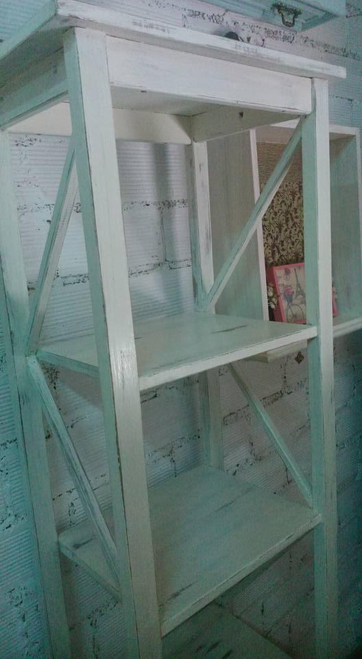 Le petit atelier estanteria con mucho que contar - Le petit atelier ...