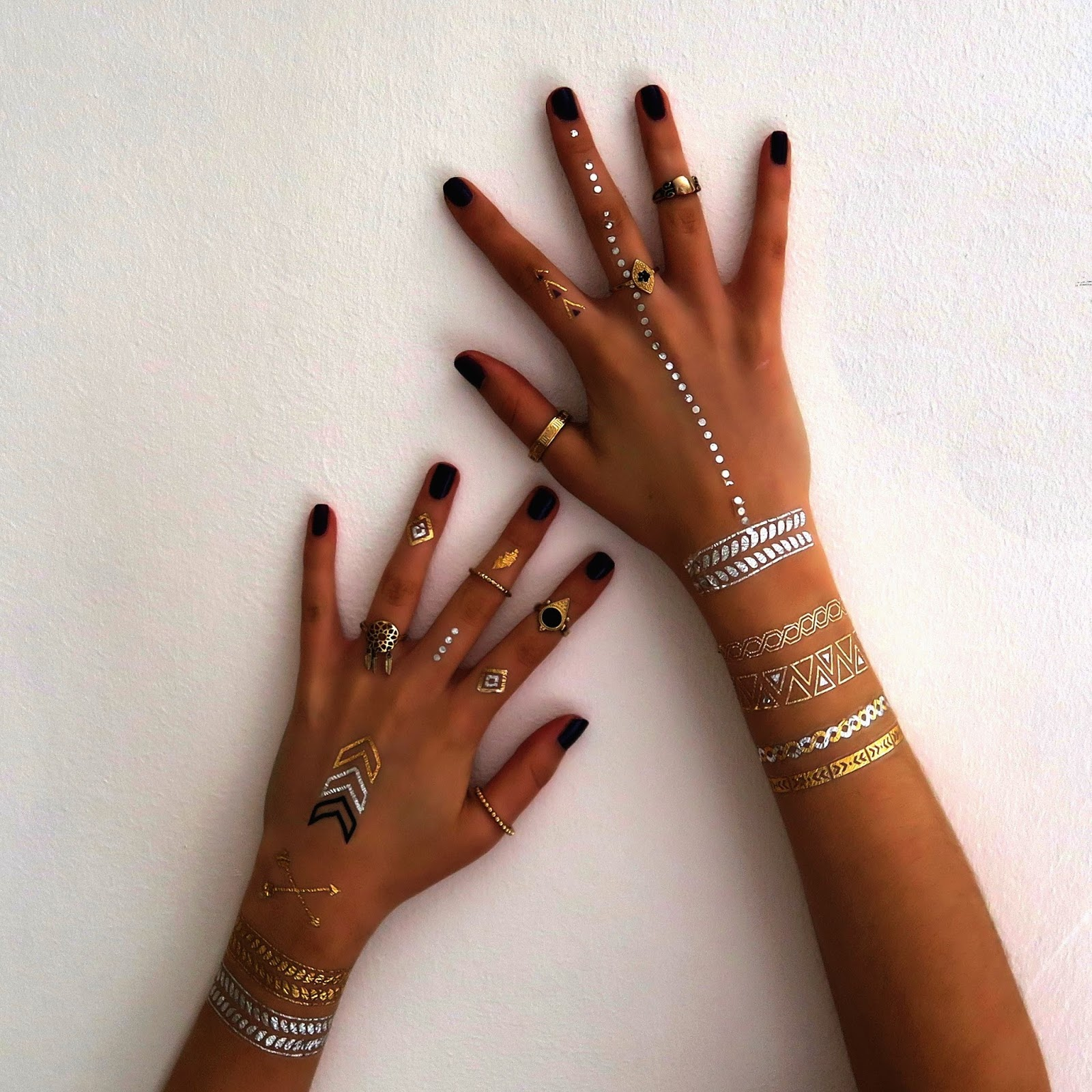 boho-metallic-flash-tattoos-festival-style @ hayleyeszti