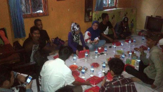 "Komunitas ""Horor"" Buka Puasa Bareng di Banjarbaru, Ayo Tebak Ngapain Aja..?"