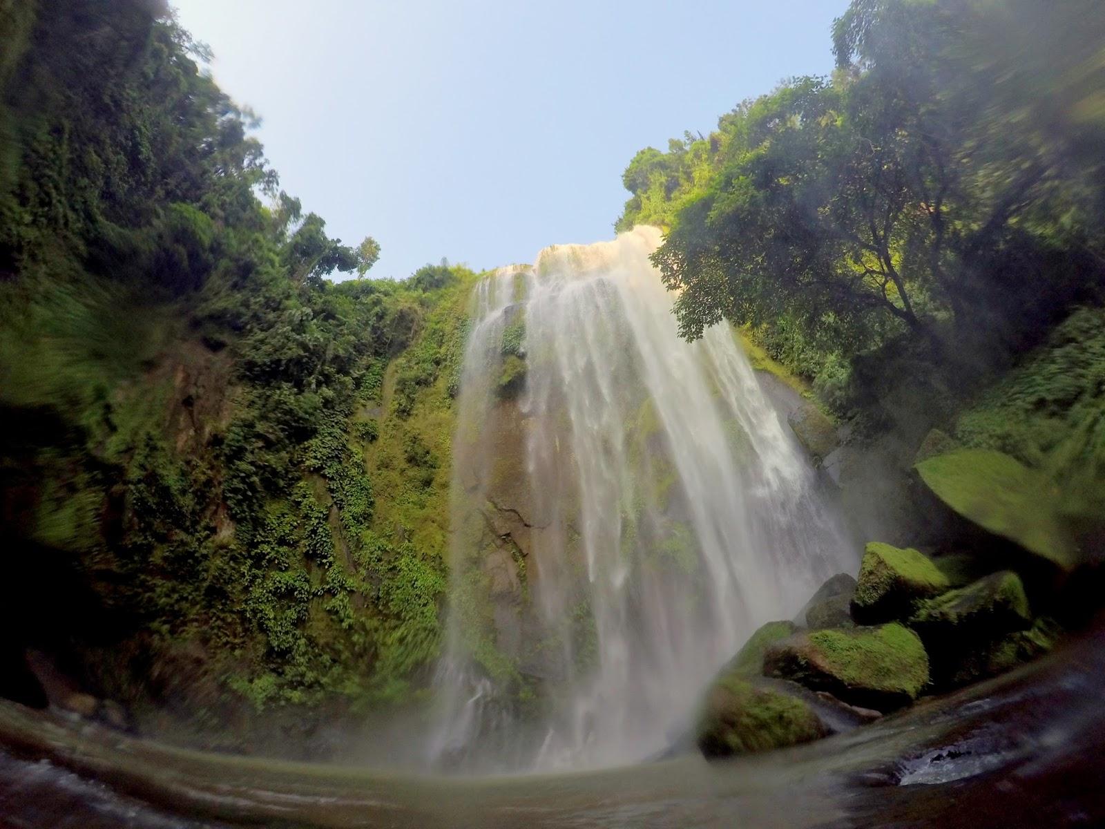 San Salvador Hulugan Falls Luisiana Laguna