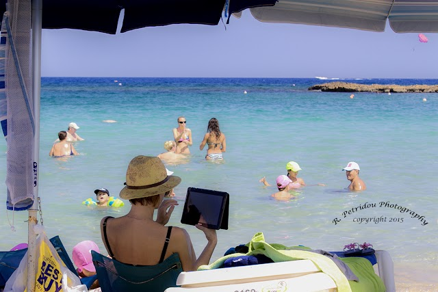 Οι μισοί Έλληνες σχεδιάζουν καλοκαιρινές διακοπές