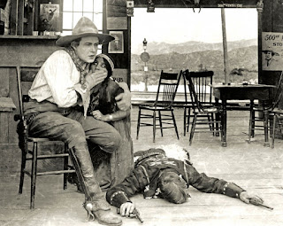 Una escena de la película The Squaw Man - 1914