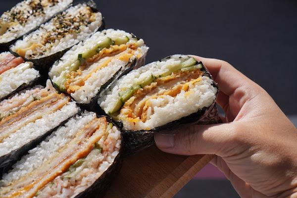 台南東區美食【飯賣集糰】餐點介紹-卡拉雞飯糰