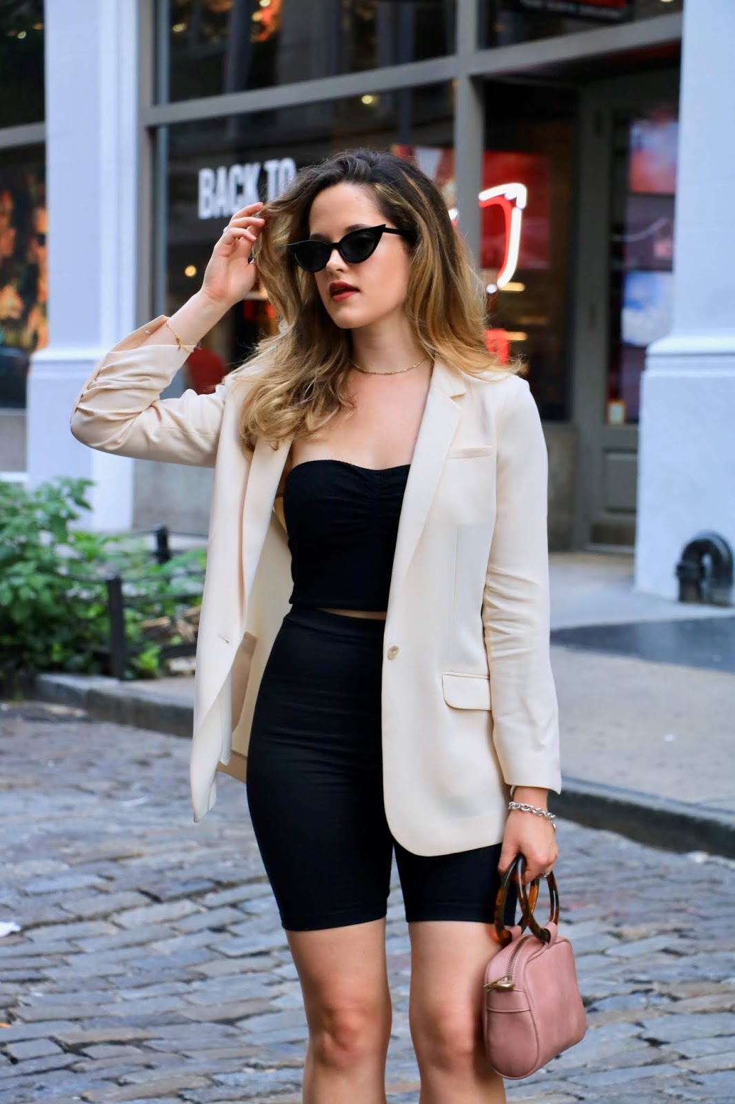 Nyc fashion blogger Kathleen Harper sharing Soho photoshoot locations.