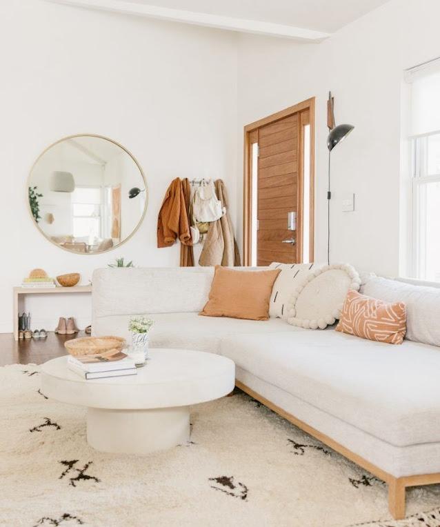Ruang Tamu Sederhana Nuansa Putih Minimalis Modern