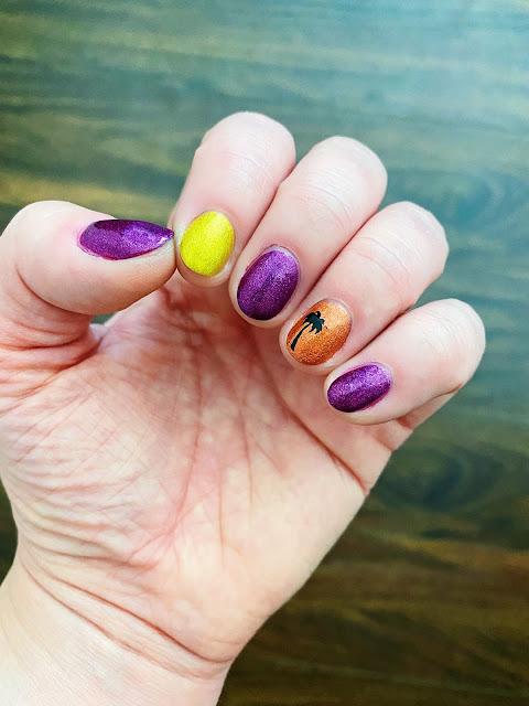 Easy Summer Nail Art || Tori's Pretty Things