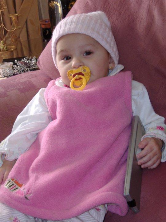 Nadia Nerea bebe