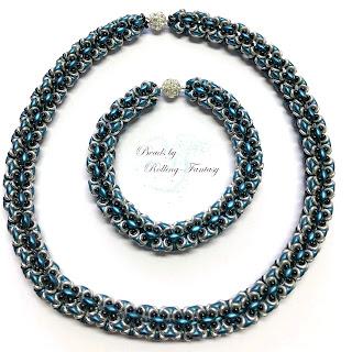 Kette mit Armband aus SuperDuos, O-Beads und Miyuki-Rocailles