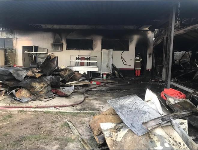 Incêndio deixa 10 mortos e três feridos no CT do Flamengo