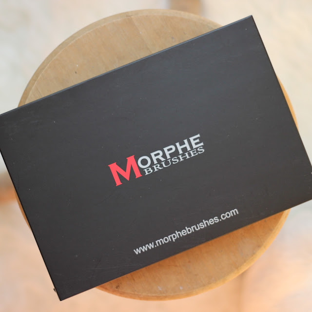 morphe brushes 06F pressed powder palette review