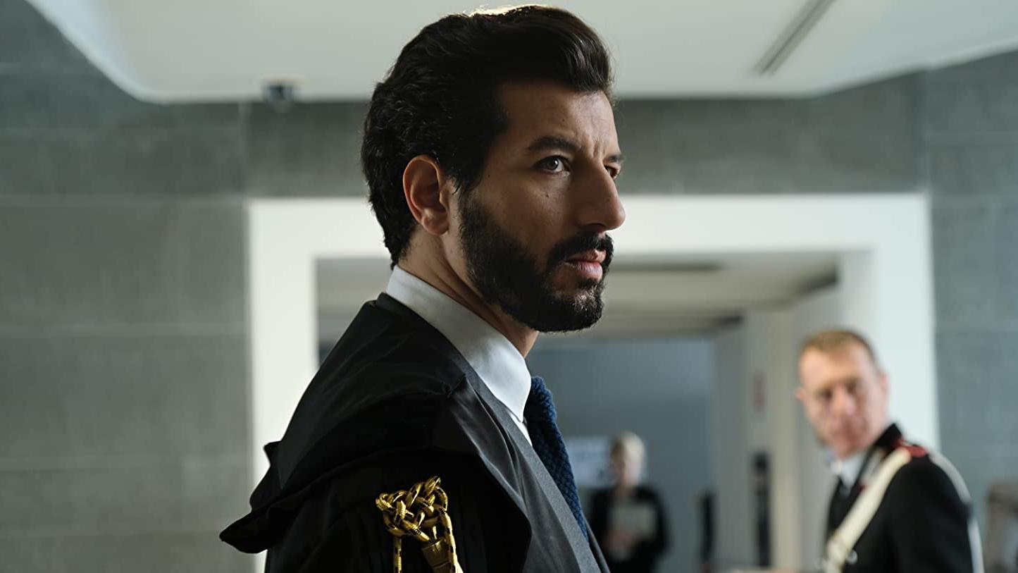 The Trial Il Processo Ruggero Barrone Francesco Scianna Canale 5 Netflix