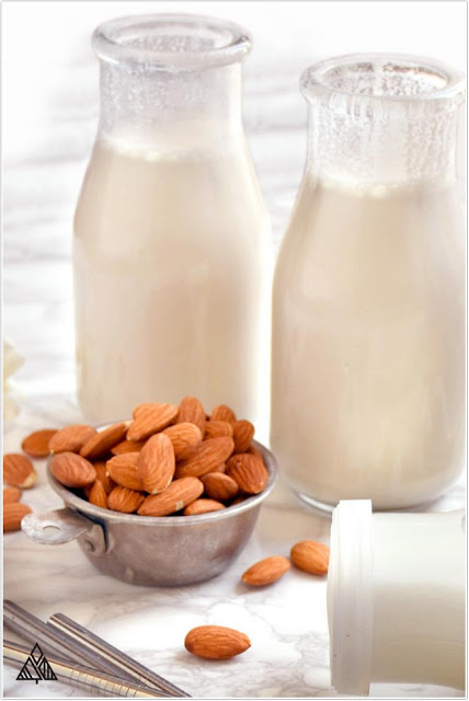 almond milk;Low-Calorie Coffee Creamer;Best Low-Calorie Coffee Creamer;