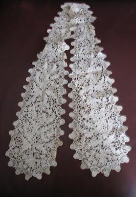 ecru lace scarf