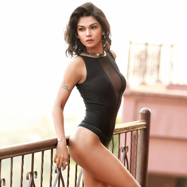 Bollywood Model Sakshi Pradhan Bikini Images Actress Trend