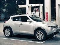 Nissan Juke Mobil Sporty Pelopor Mini-Crossover Funky