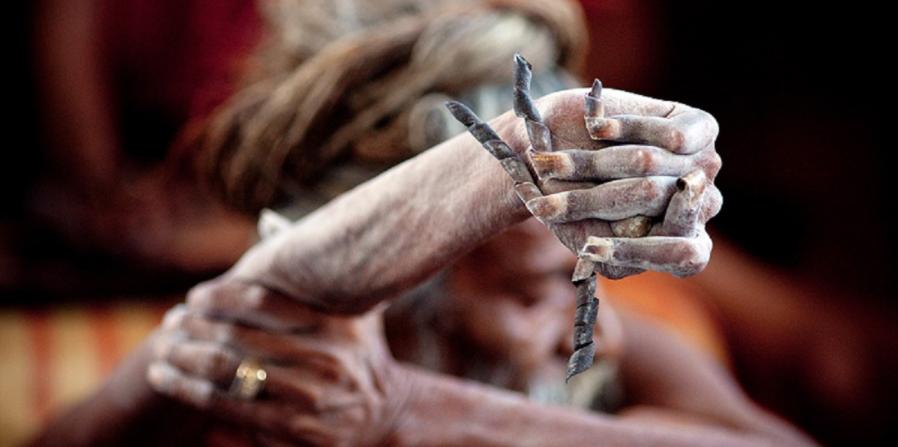 Tangan kanan Amar Bharati