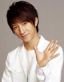 Pesan Hangeng untuk 7 Anniversary Super Junior!